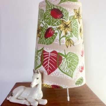 RETRO CONE 50s Mid Century Strawberry and Leaf BARKCLOTH Vintage Fabric Lamp