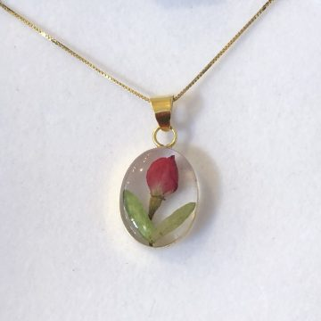 Rosebud Gold Pendant Necklace
